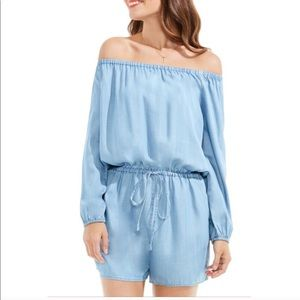 Two by Vince Camuto off shoulder blue romper